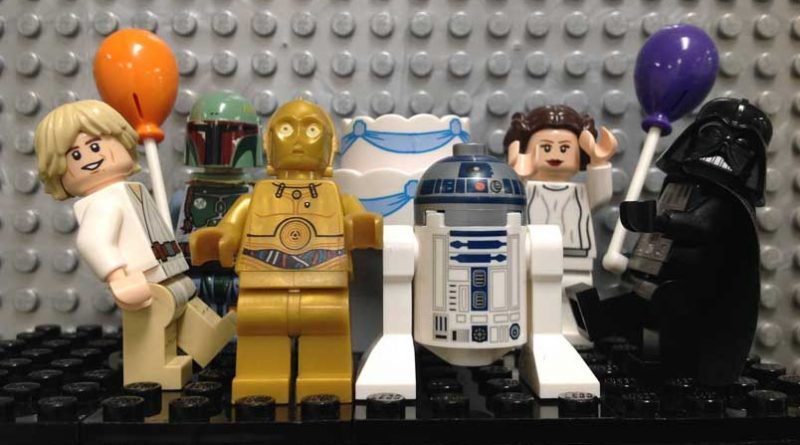 Celebrate Star Wars Day at Bricks and Minifigs